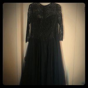 Lace Shift Gown SZ 12